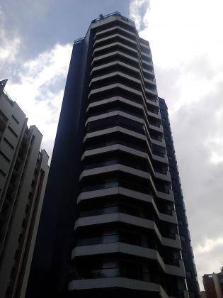 Apartamento CHÁCARA KLABIN 4 dormitorios 4 banheiros 4 vagas na garagem